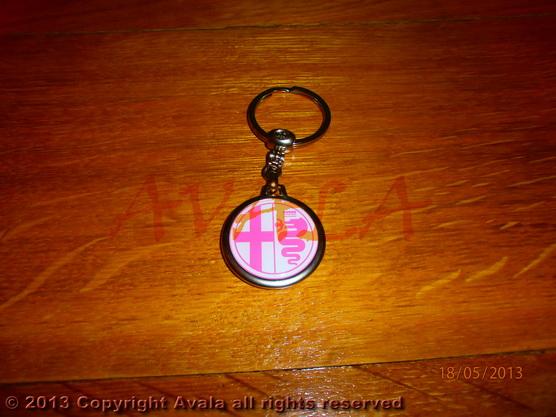 """Privezak za ključeve """"Alfa Romeo"""" (ružičasti) *0902647*"""