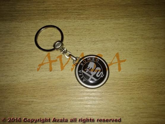 """Privezak za ključeve """"Alfa Romeo"""" carbon (crno-beli) *0903220*"""