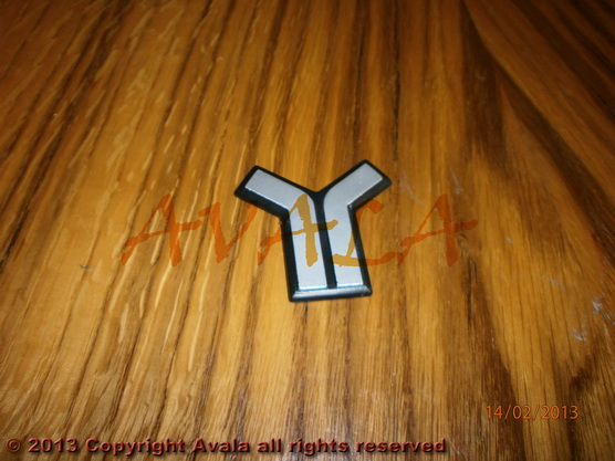 """Auto oznaka """"Y"""" na haubi novi tip *0001256*"""