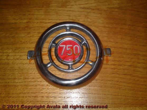 """Auto oznaka """"750"""" na veznom limu stari tip aluminijumska *0804748*"""